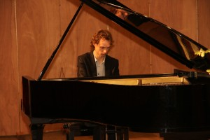 pianorecital door Tobias Borsboom op 12 oktober 2014